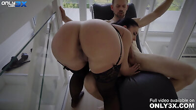Busty temptress Honey Demon has rough sex with Erik Everhard